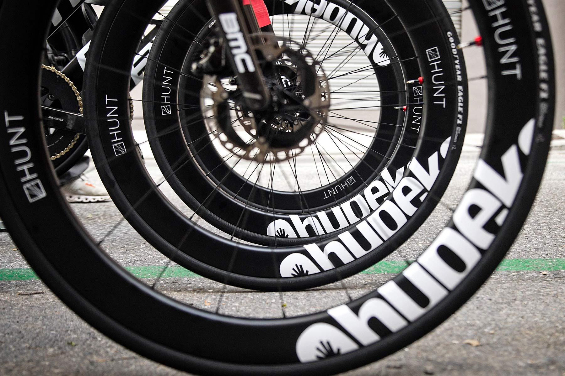 Qhubeka x Hunt 54 Aerodynamicist Carbon Disc wheels, Tour de France-raced tubeless carbon aero road wheels for charity, wheels