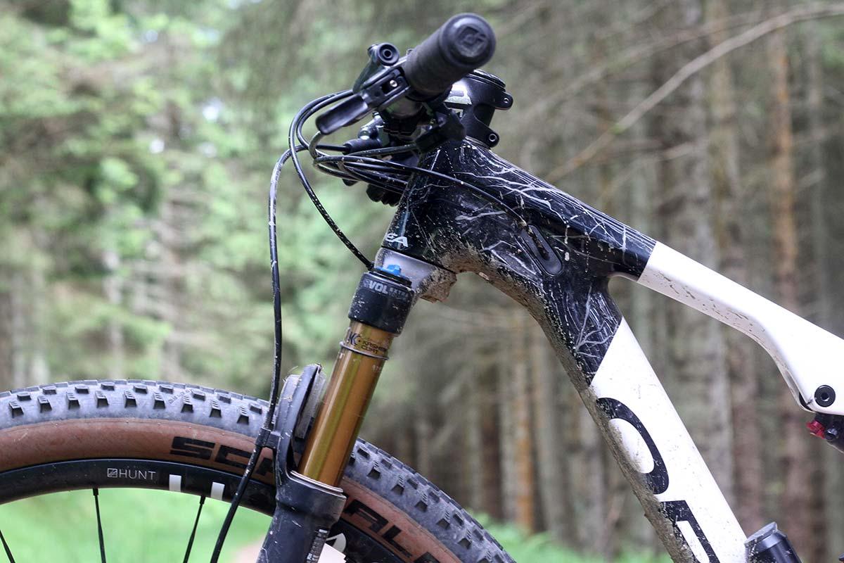 pro bike check isla short 100mm travel fork