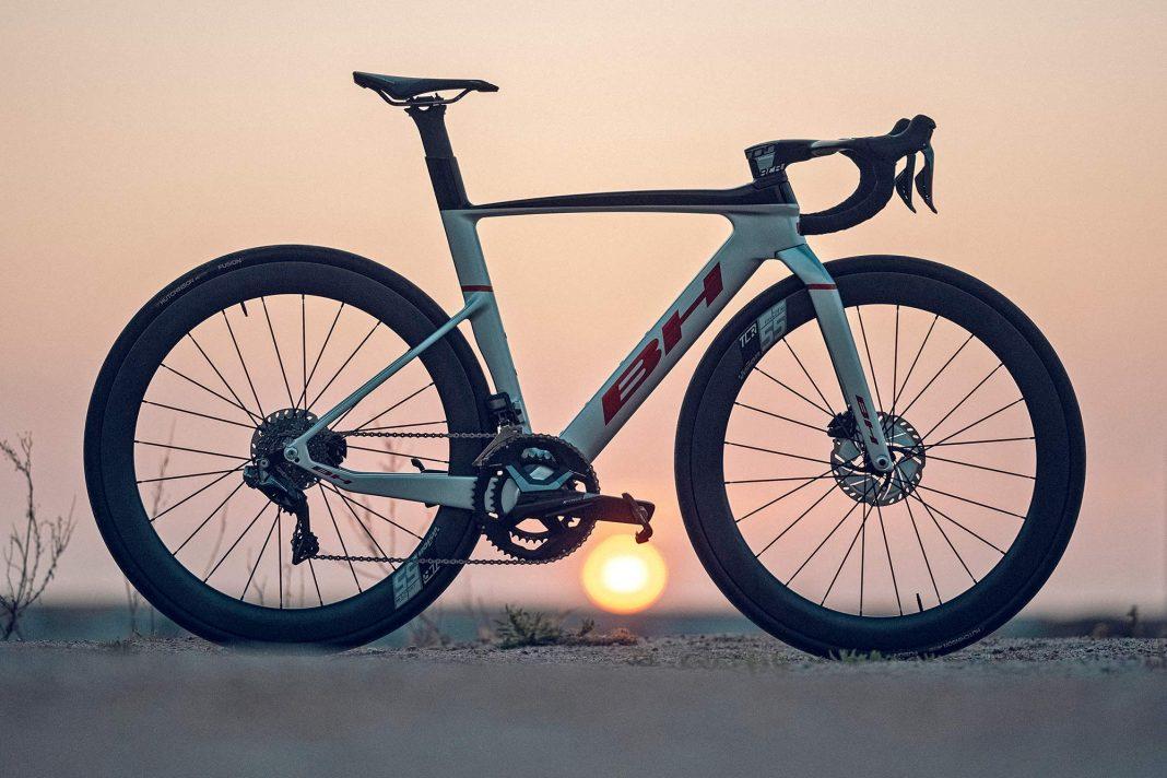 2022 BH Aerolight lightweight aero carbon all-rounder road bike