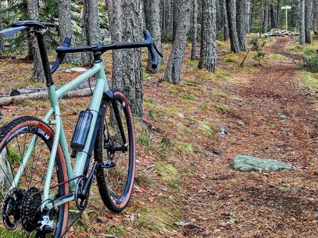 Commencal FCB Gravel project frameset, frame kit option, custom gravel bike build,angled
