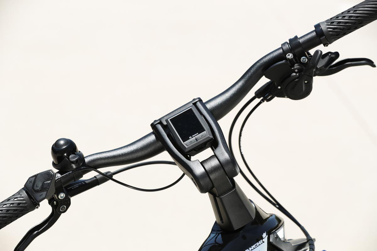integrated Bosch display in T Type stem
