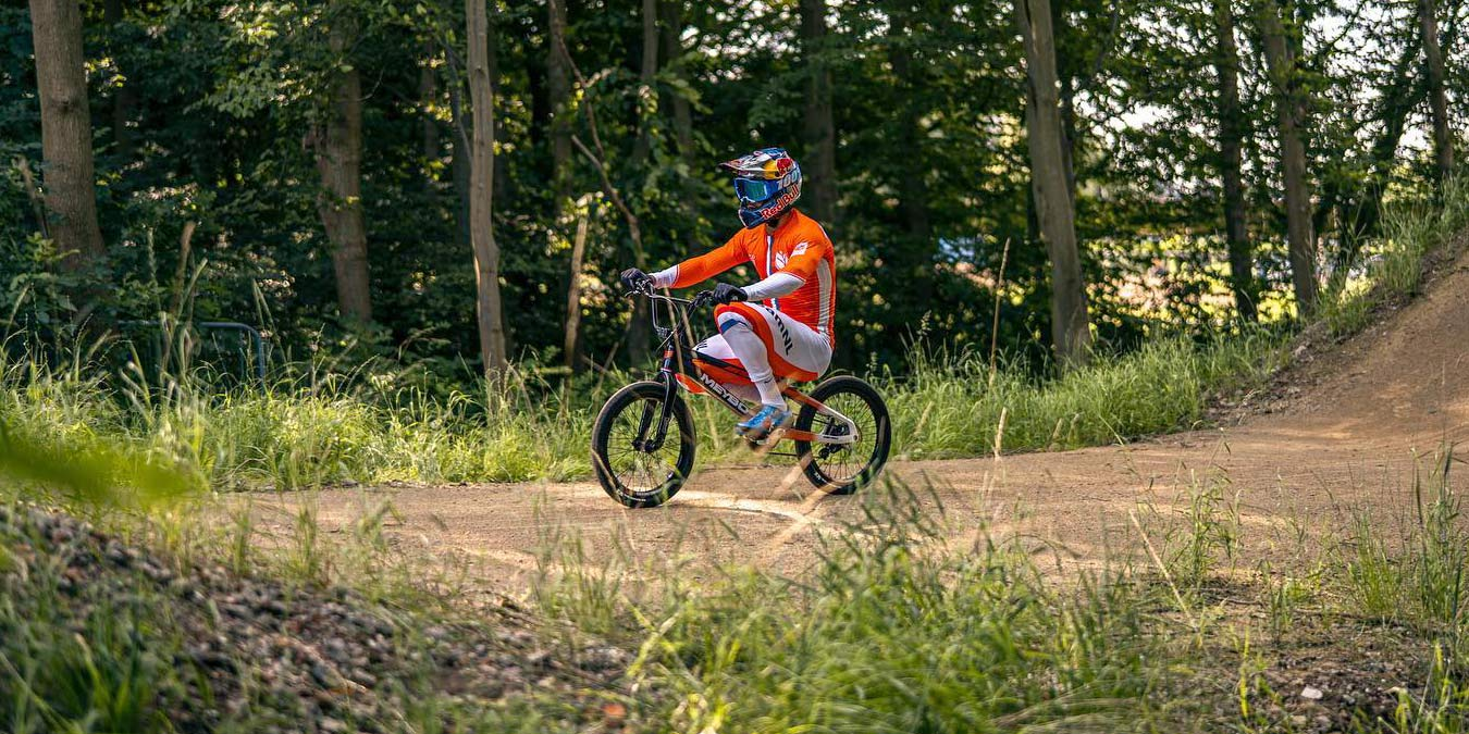 Olympic BMX prototype 2-speed derailleur gears Meybo bike, BMX World Champion Twan van Gendt, training