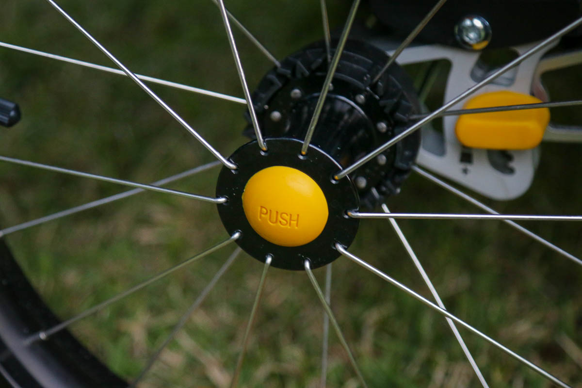 How to remove Burley wheels