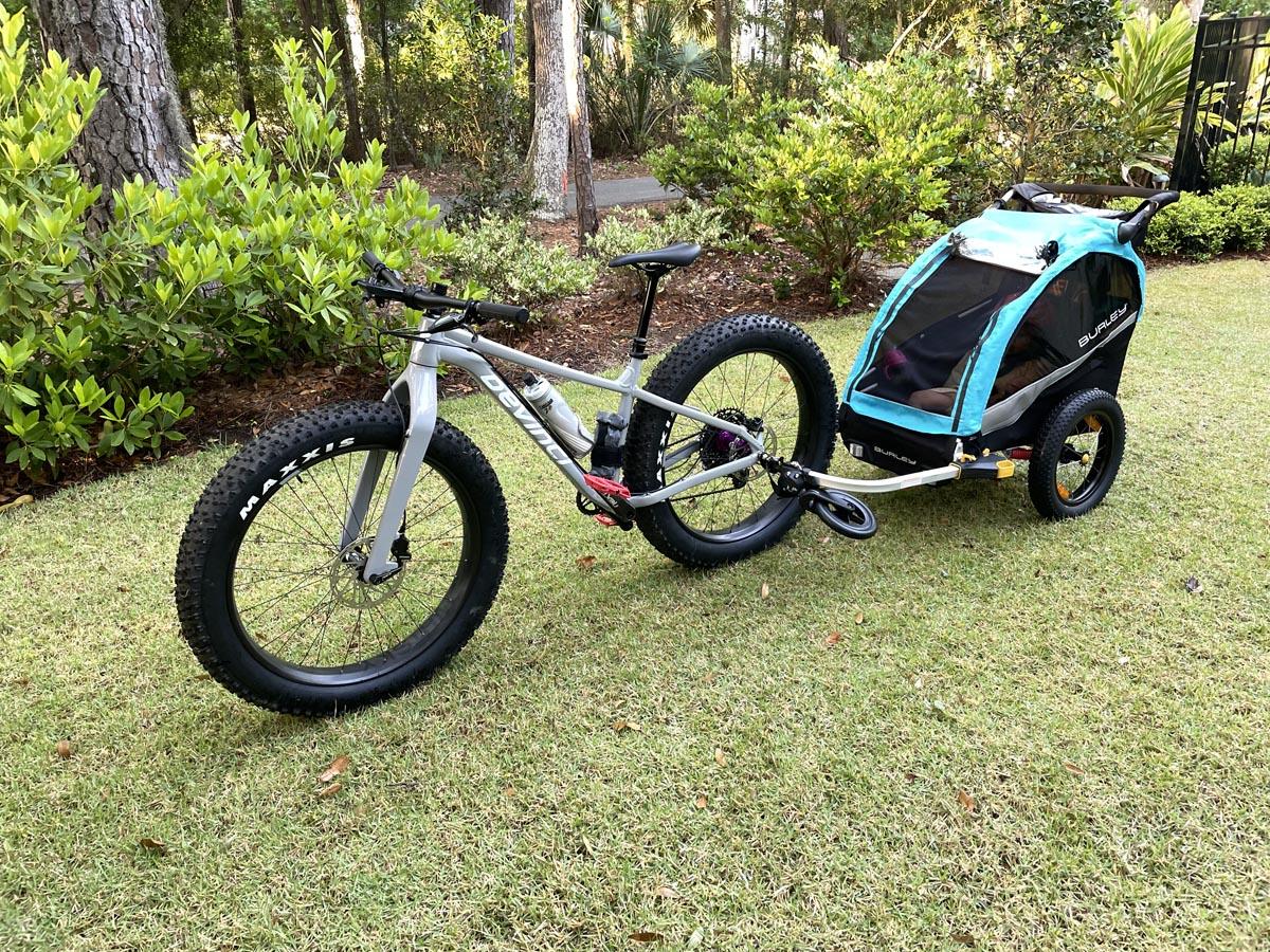 Child trailer for a fat bike