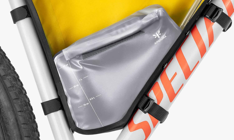 Apidura 1.5L frame Pack Hydration Bladder, Innovation Lab bikepacking frame pack water bag, cutaway