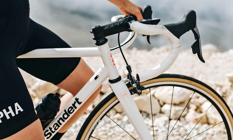 Standert Triebwerk CR classic lightweight steel rim brake road bike, photo by Savannah van der Niet,headtube