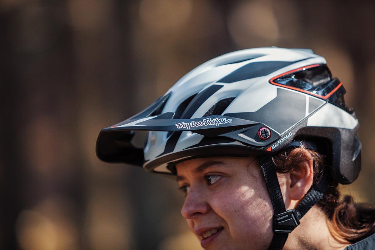 troy lee a3 mips mtb helmet
