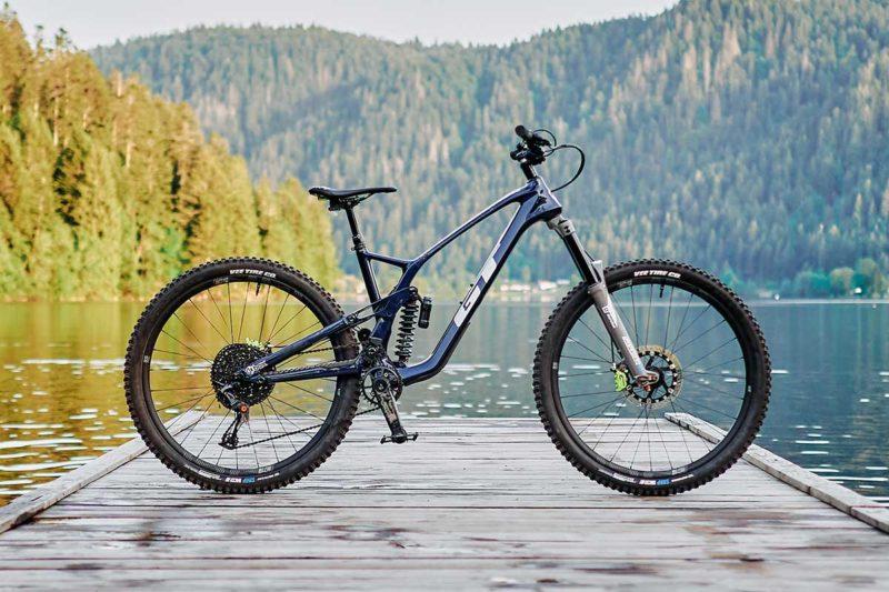 2022 gt force carbon custom build