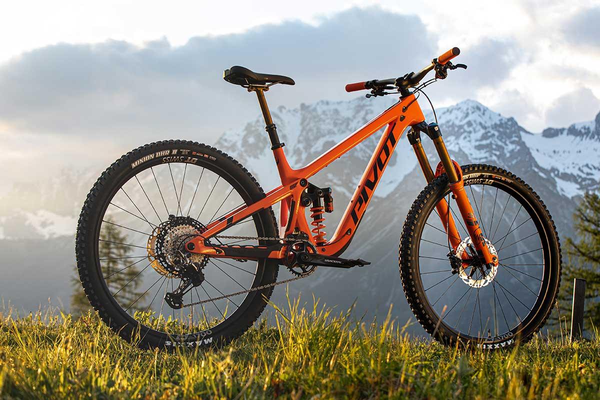 2022 pivot firebird 29 orange frame