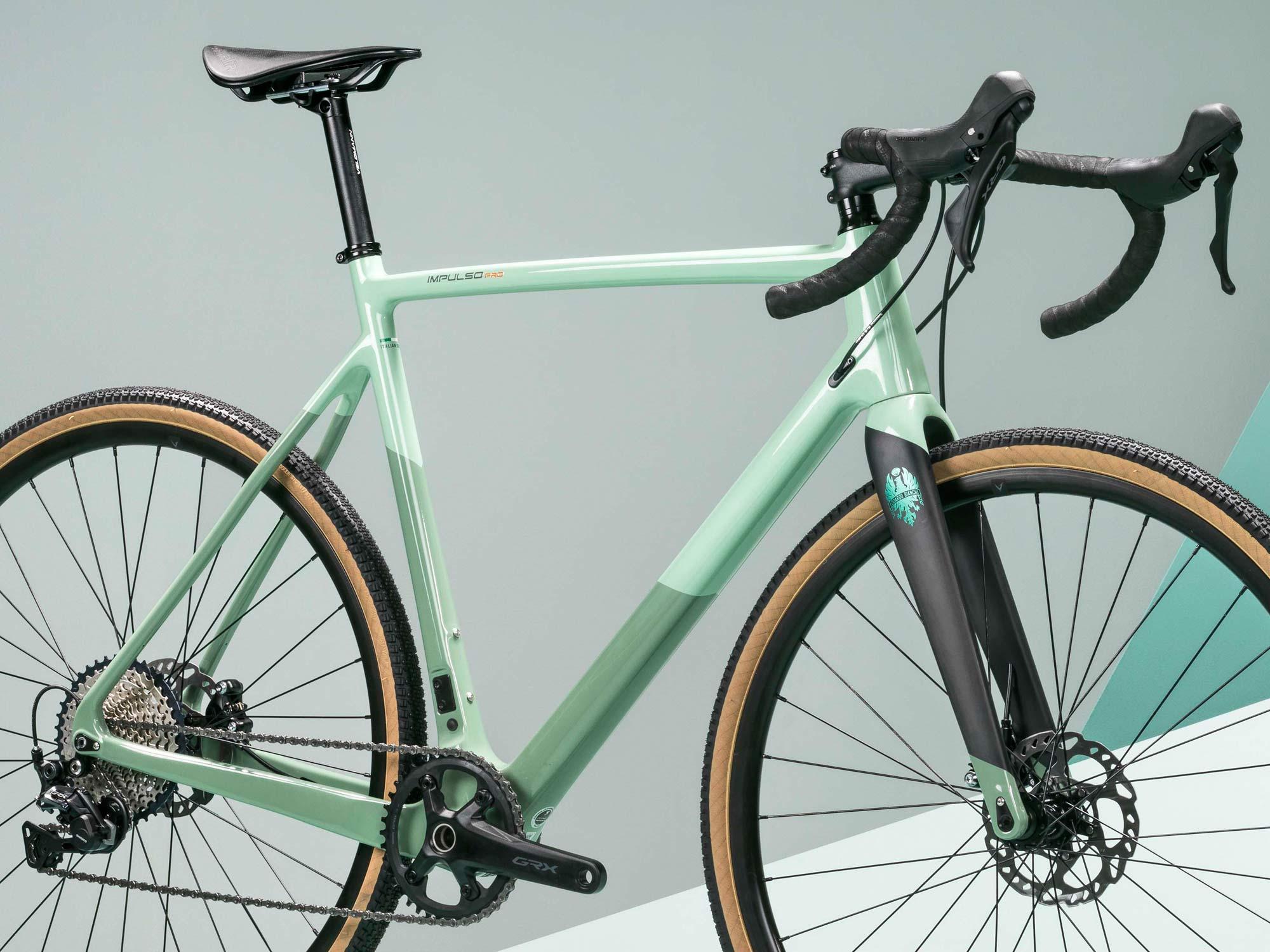 2022 Bianchi Impulso Pro carbon gravel bike, Zolder Pro CX cross cyclocross bike reborn,detail