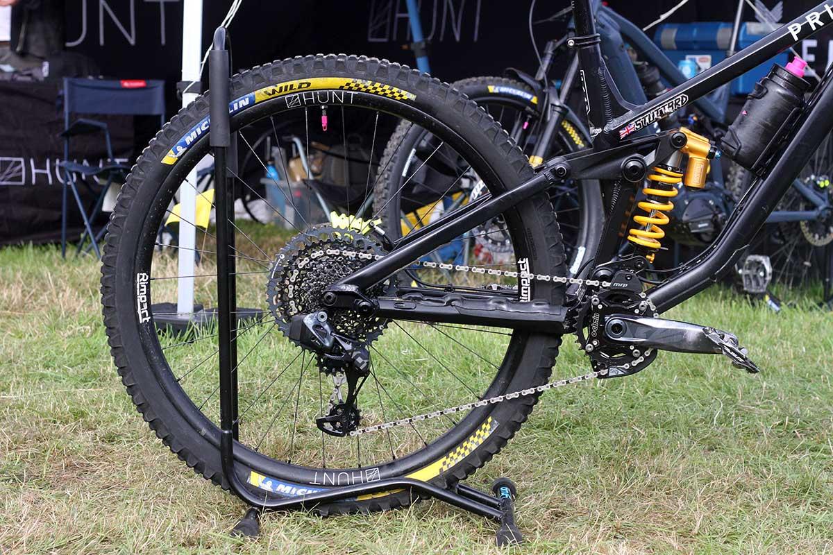 matt stuttard privateer 161 pro bike check michelin wild enduro front tires 4-ply racing line casing