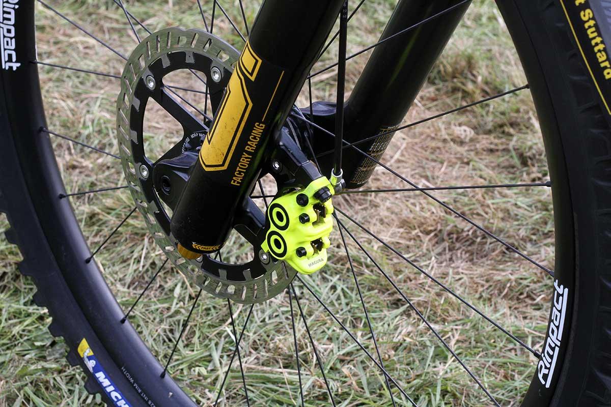 matt stuttard privateer 161 pro bike check 220mm magura mdr-p 2mm rotor