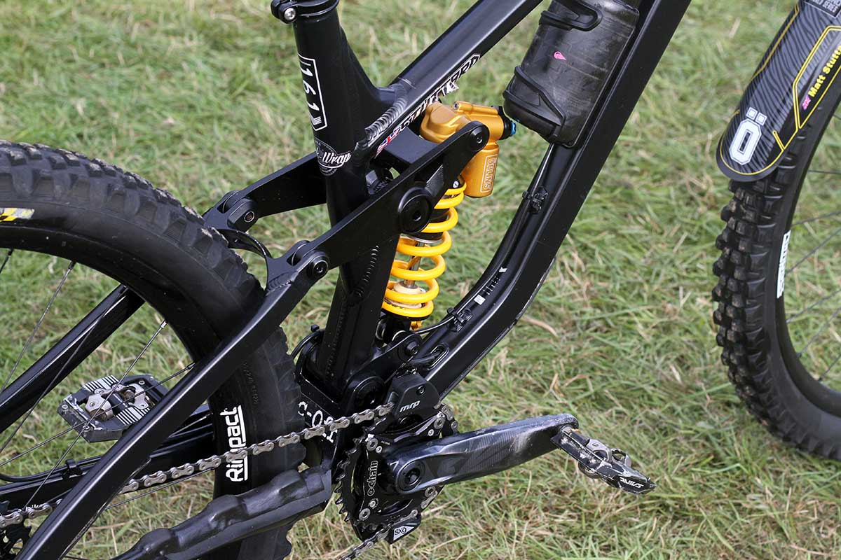 matt stuttard privateer 161 pro bike check ohlins ttx coil shock 480 lbs spring