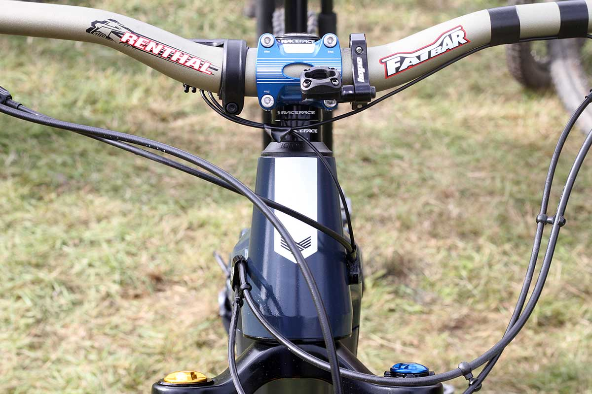 matt stuttard privateer e-161 pro bike check oversized head tube