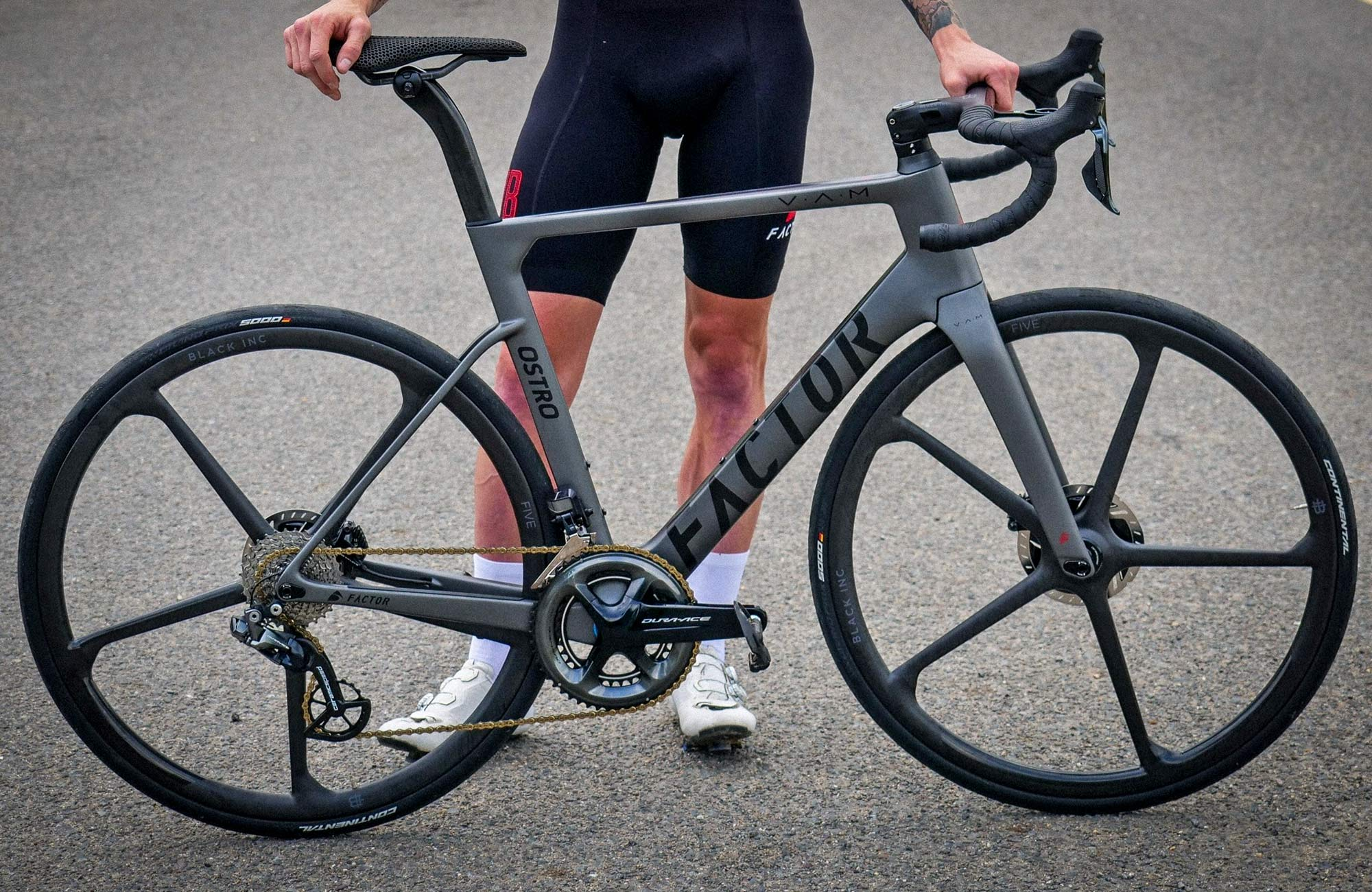 Black Inc FIVE aero carbon 5-spoke tubeless disc brake road bike wheels,complete bike