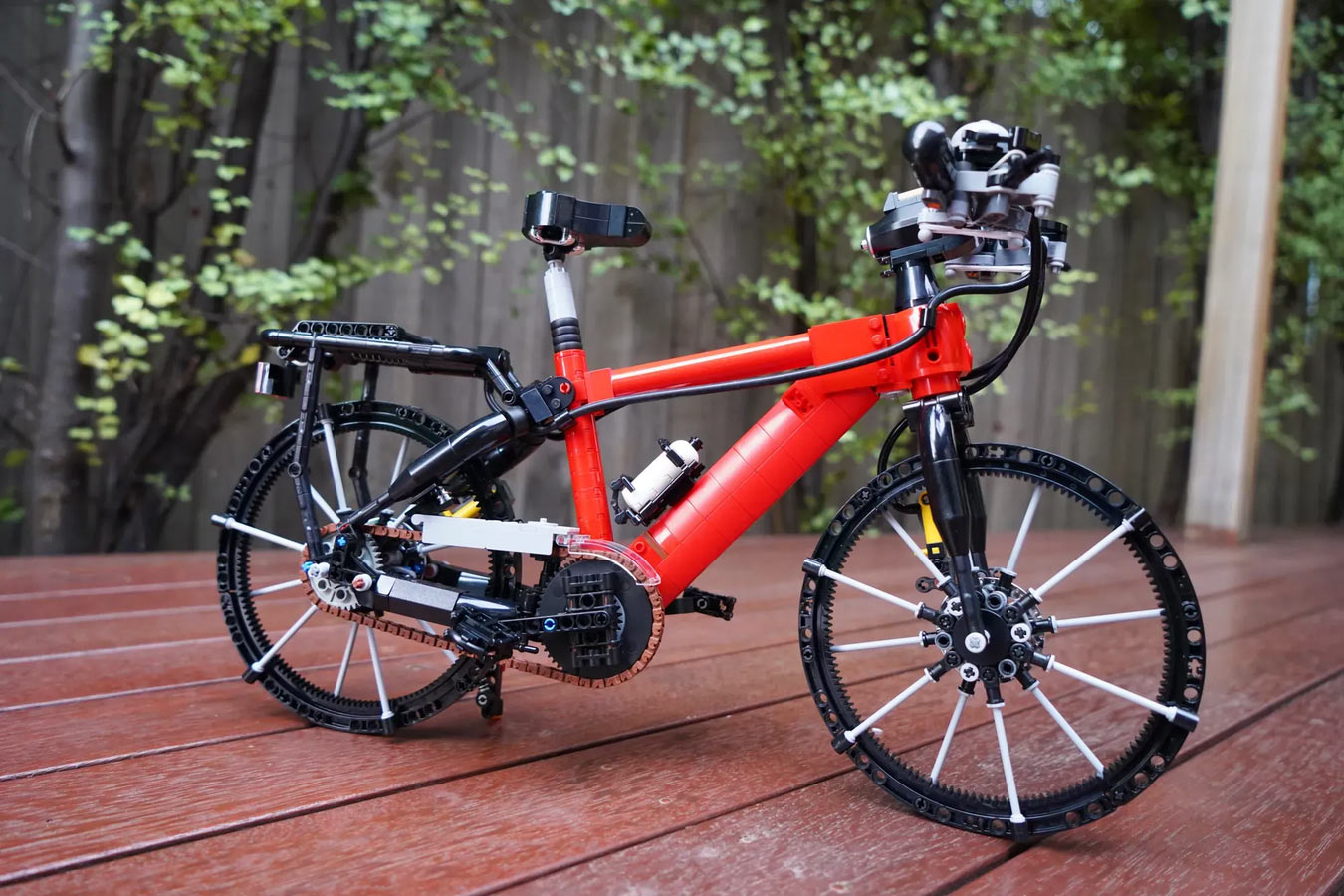 working lego bicycle concept from sleepycow shown from drive side