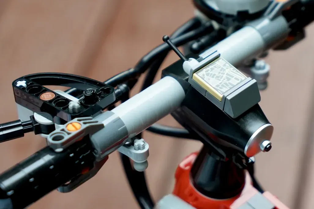 lego bicycle handlebar with GPS cycling computer and working brake levers