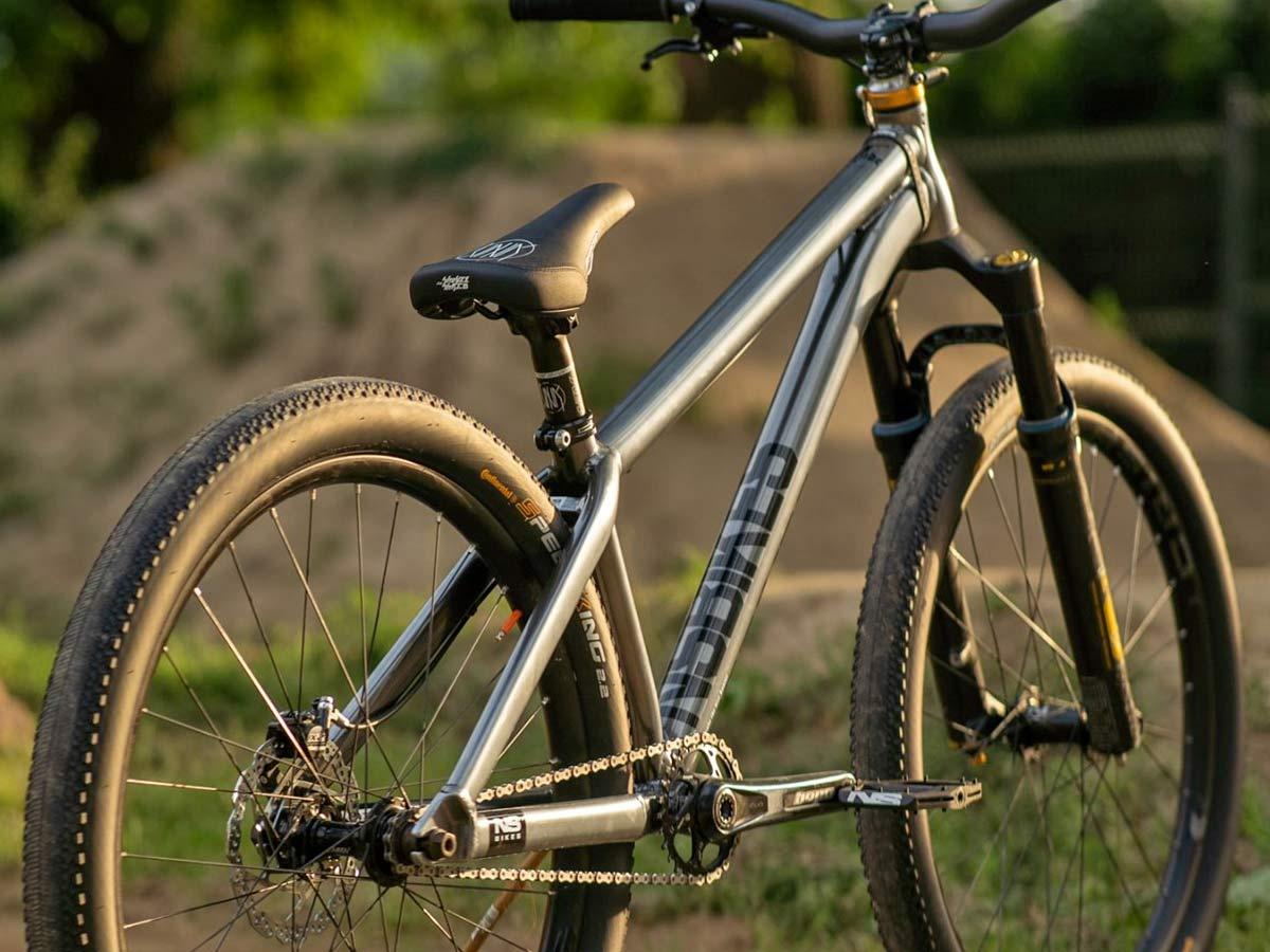 Szymon Godziek NS Bikes Decade frame angled