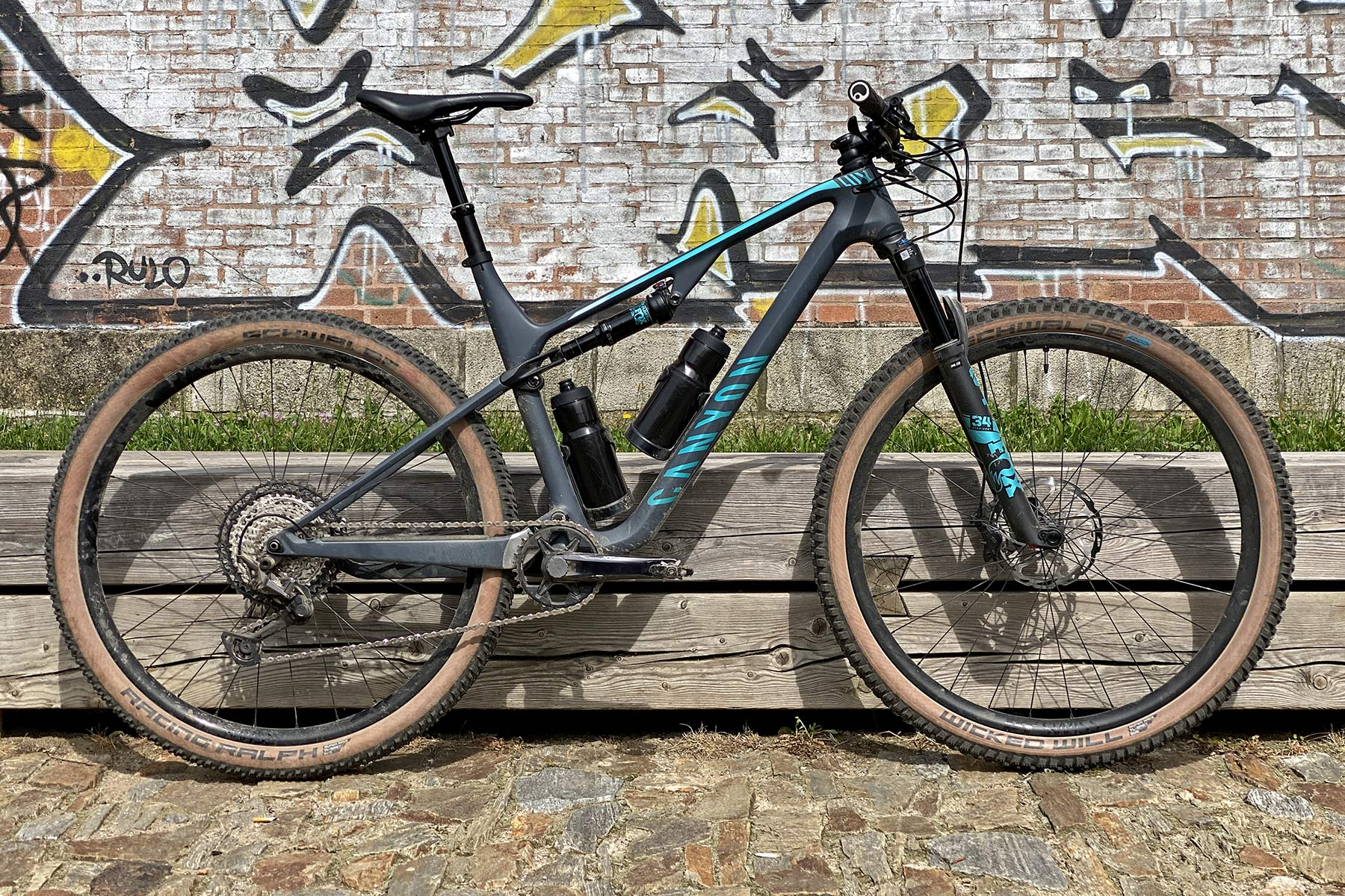 Canyon Lux Trail, a slightly longer travel downcountry XC marathon light trail mountain bike review, complete