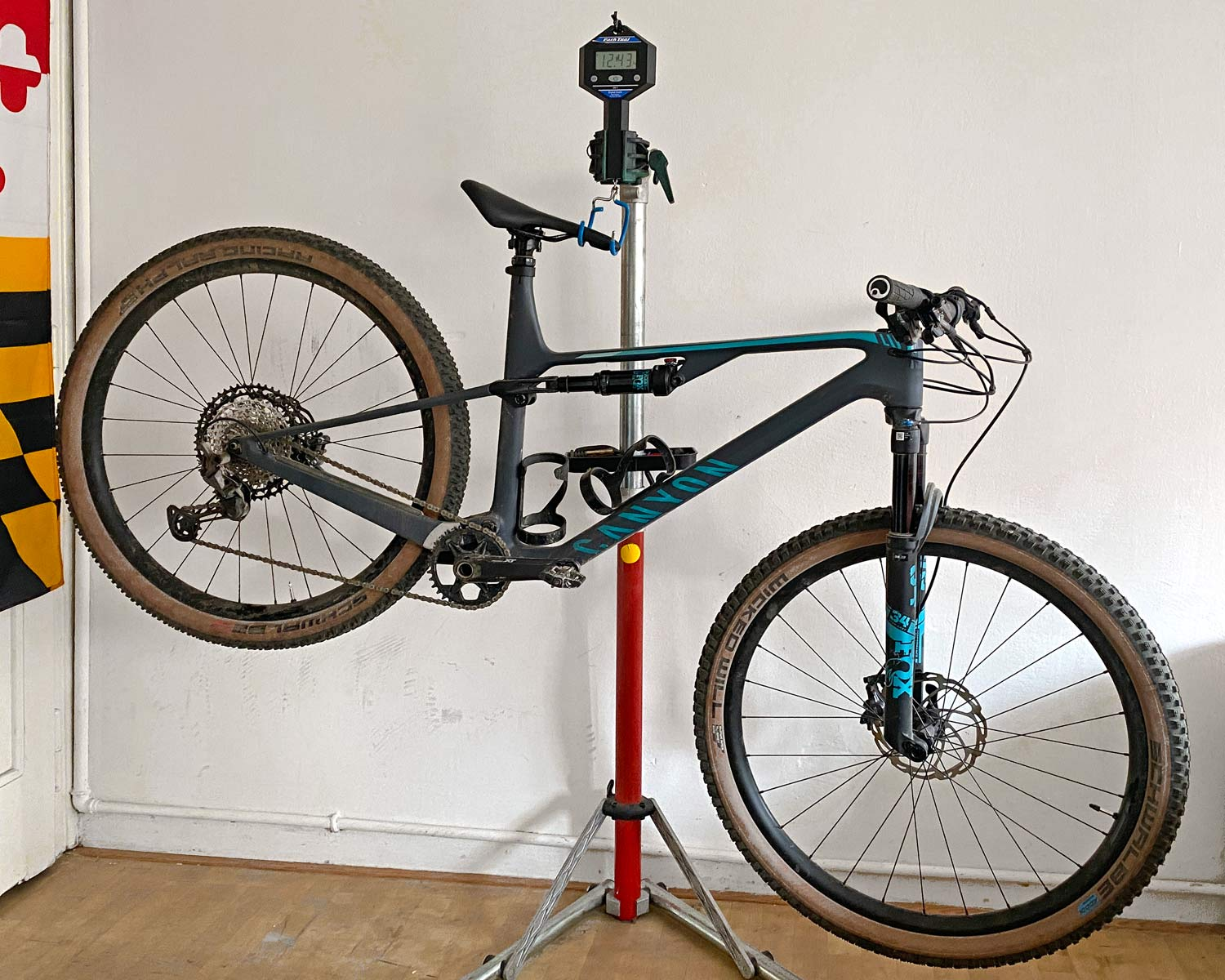 Canyon Lux Trail, a slightly longer travel downcountry XC marathon light trail mountain bike review, 12.43kg actual weight