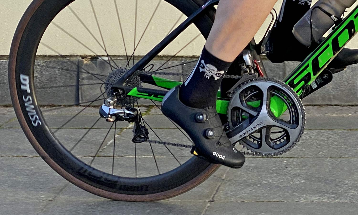Quoc Mono II lightweight carbon-soled road cycling shoes Review,riding