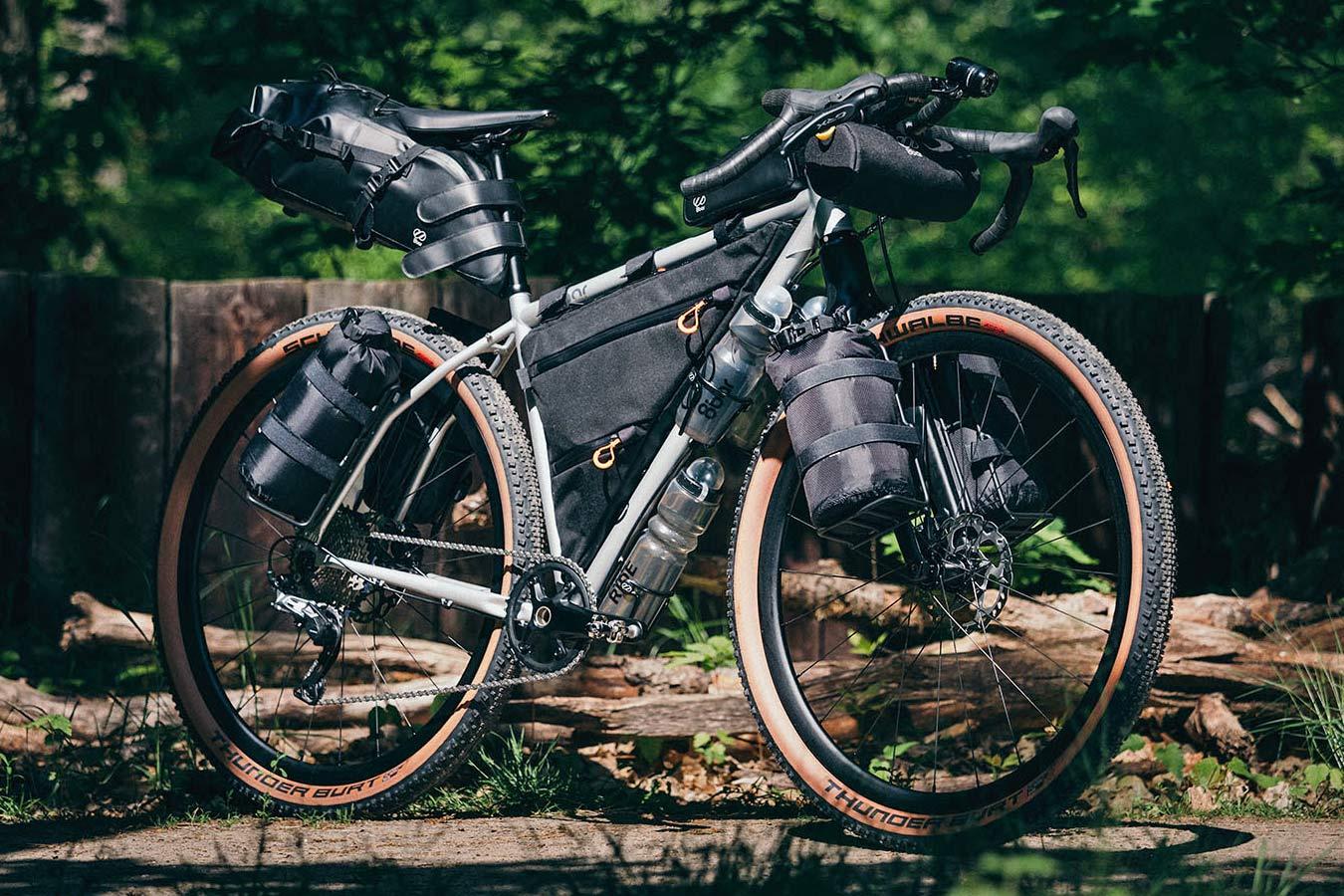 8bar Tflsberg steel off-road adventure bikepacking mountain bike, photo by Stefan Haehnel,loaded