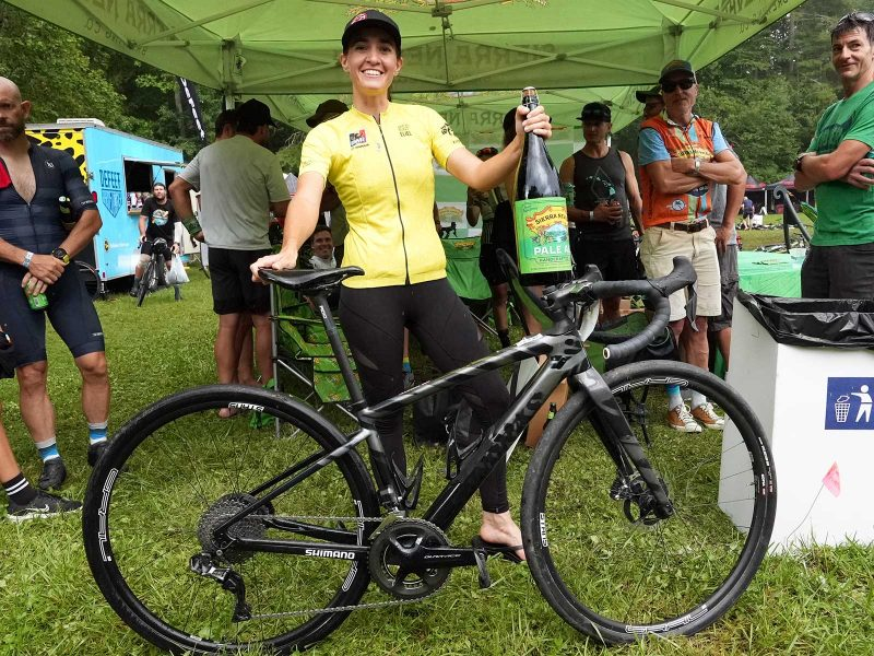 sofia gomez villafane pro bike check
