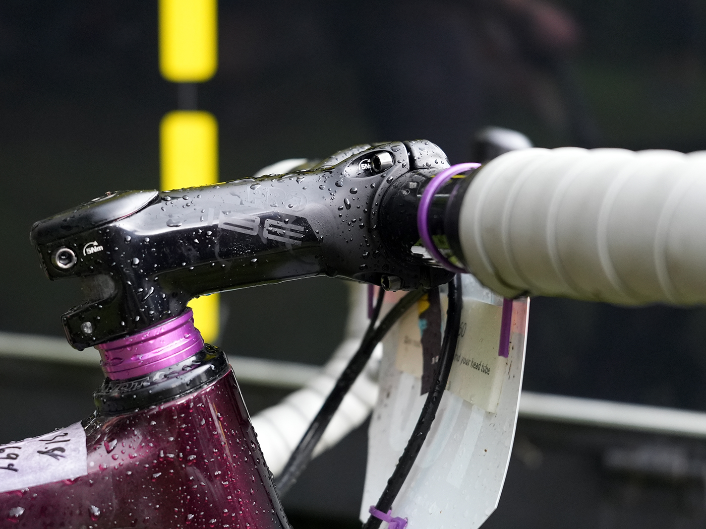 cockpit spec details on gordon wadsworth's pivot vault gravel race bike