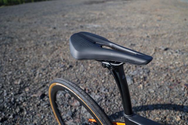 SBT Gravel King Pro bike saddle