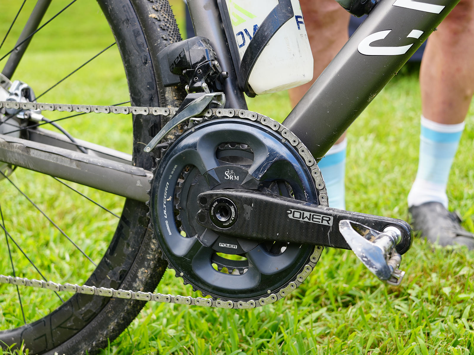 drivetrain closeup details on jeremiah bishop's gravel race bike