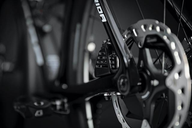 Meridas 2022 Scultura Team cooling fins rear dura ace rotor
