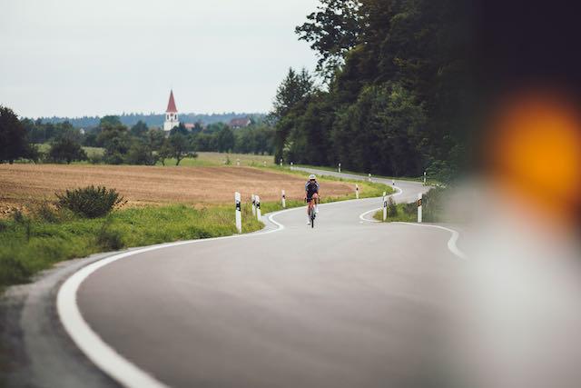 Meridas 2022 Scultura Team winding road