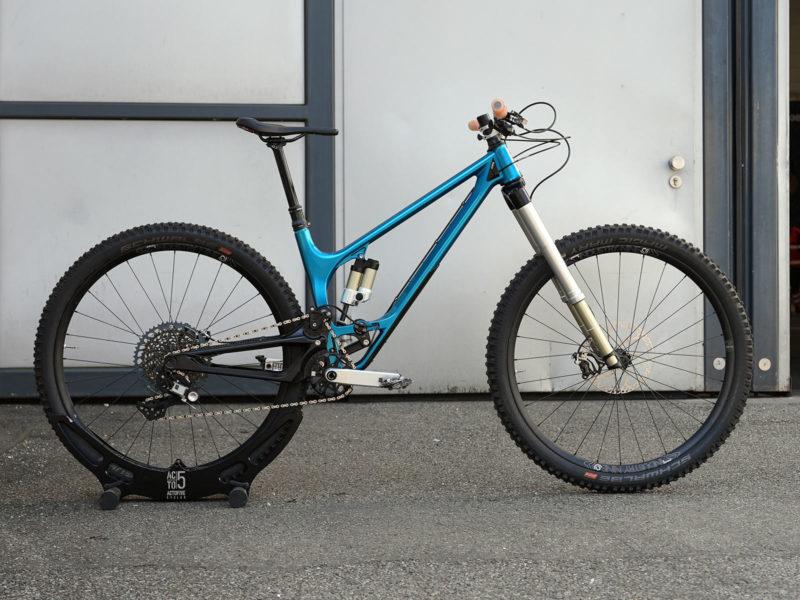 actofive high pivot enduro mountain bike with prototype intend suspension fork