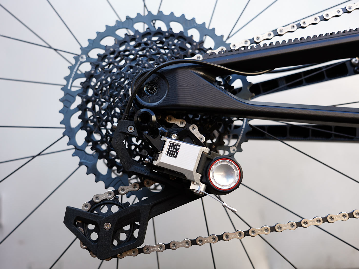 actofive high pivot enduro mountain bike closeup frame details