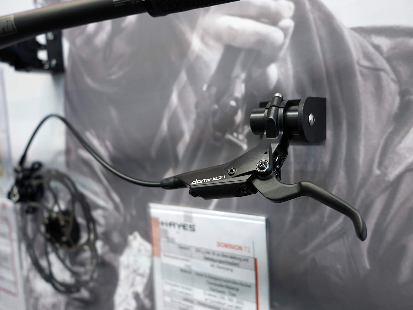 hayes dominion mtb brakes will come in black for A2 and A4 models
