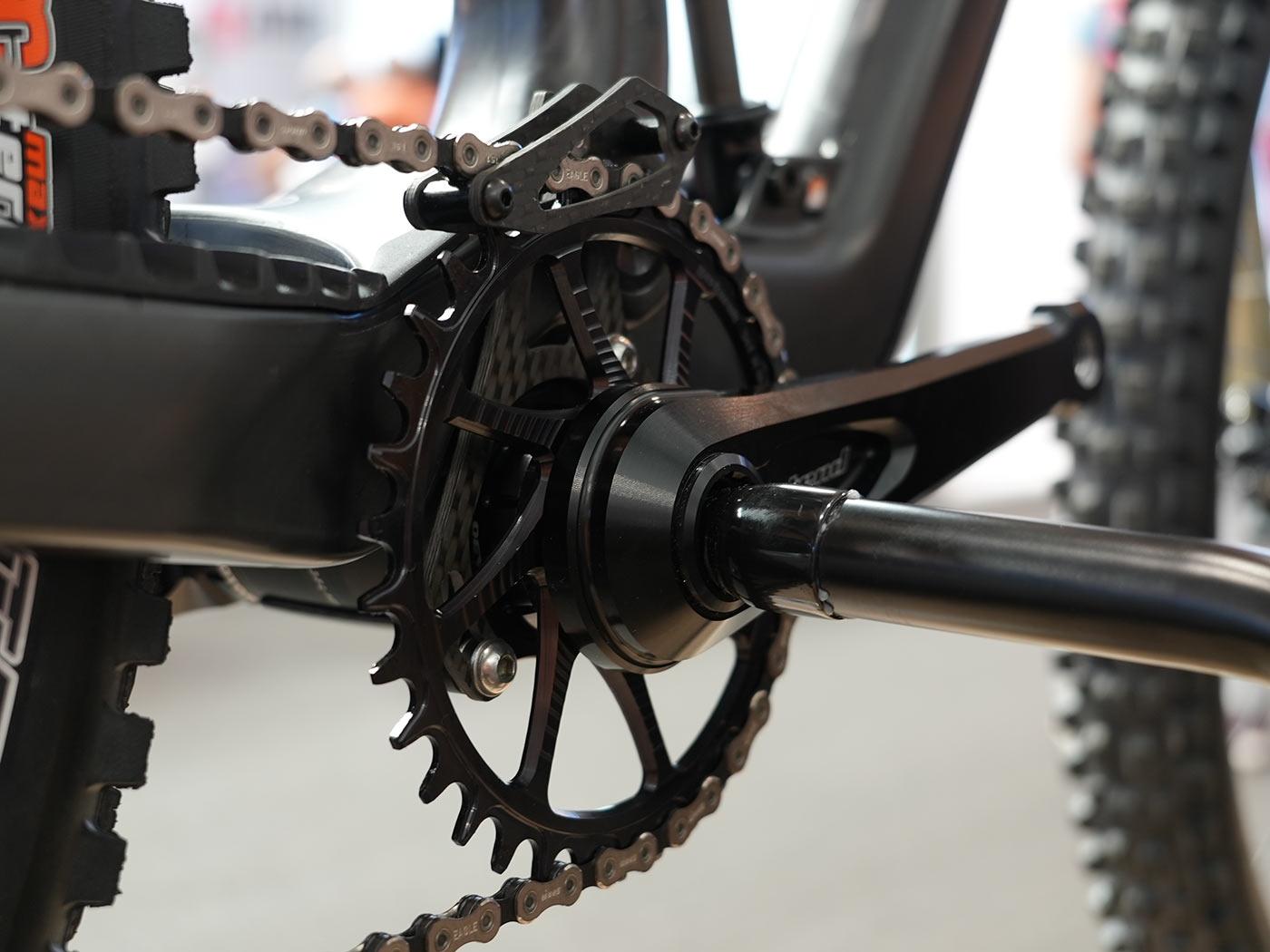 intend rocksteady magic crankset with freewheel chainring mount