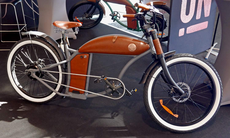 Rayvolt Cruzer chopper e-bike cruiser