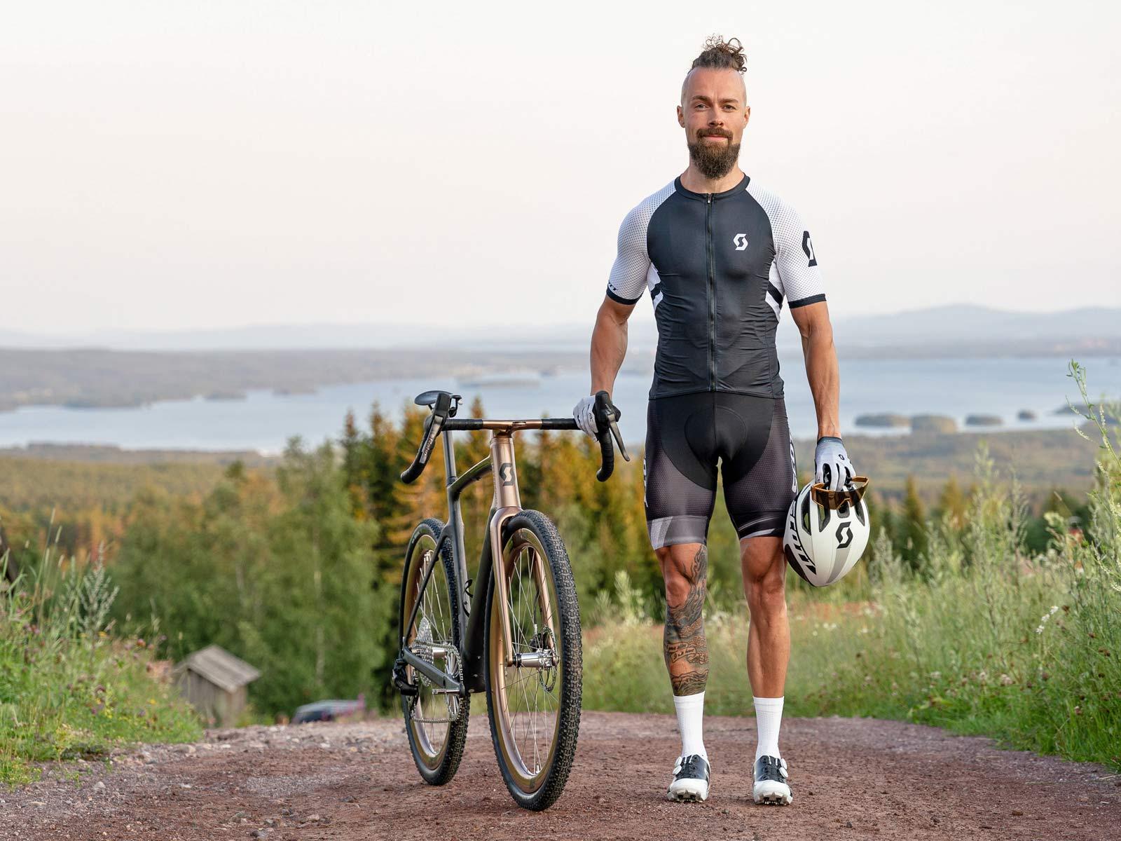 custom Scott Addict Gravel Tuned Dangerholm edition lightweight carbon prototype gravel bike project,Gustav
