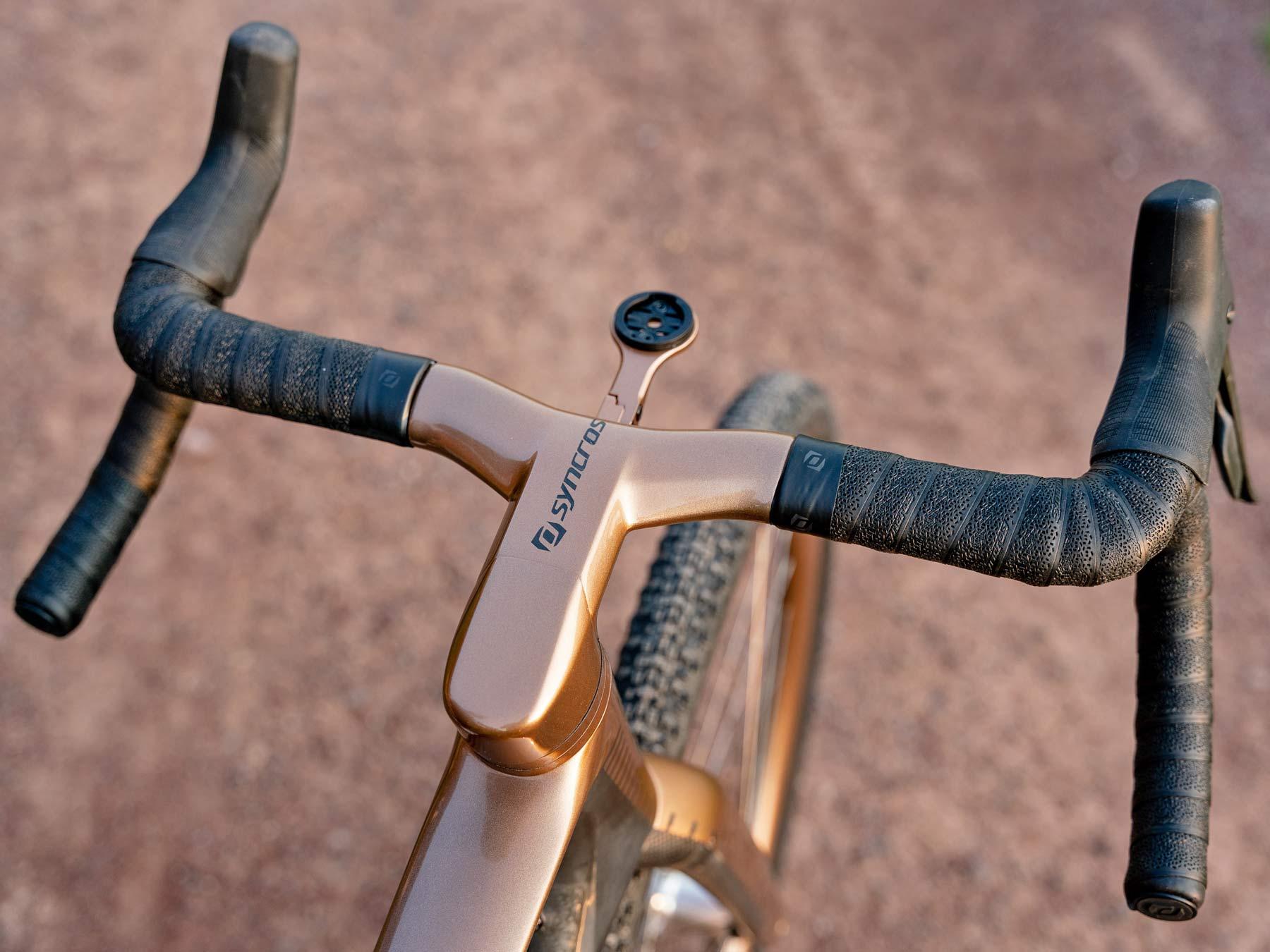 custom Scott Addict Gravel Tuned Dangerholm edition lightweight carbon prototype gravel bike project,Syncros iC SL cockpit