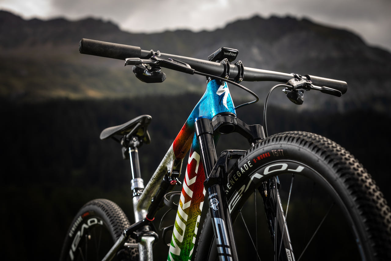 Specialized World Champion limited edition Epic stem and bars detail