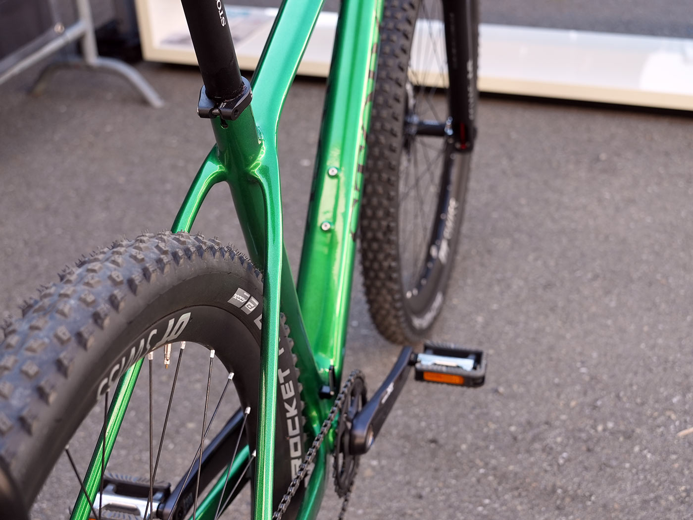 2022 stork rebel 4 lightweight carbon hardtail mountain bike chainstay closeup