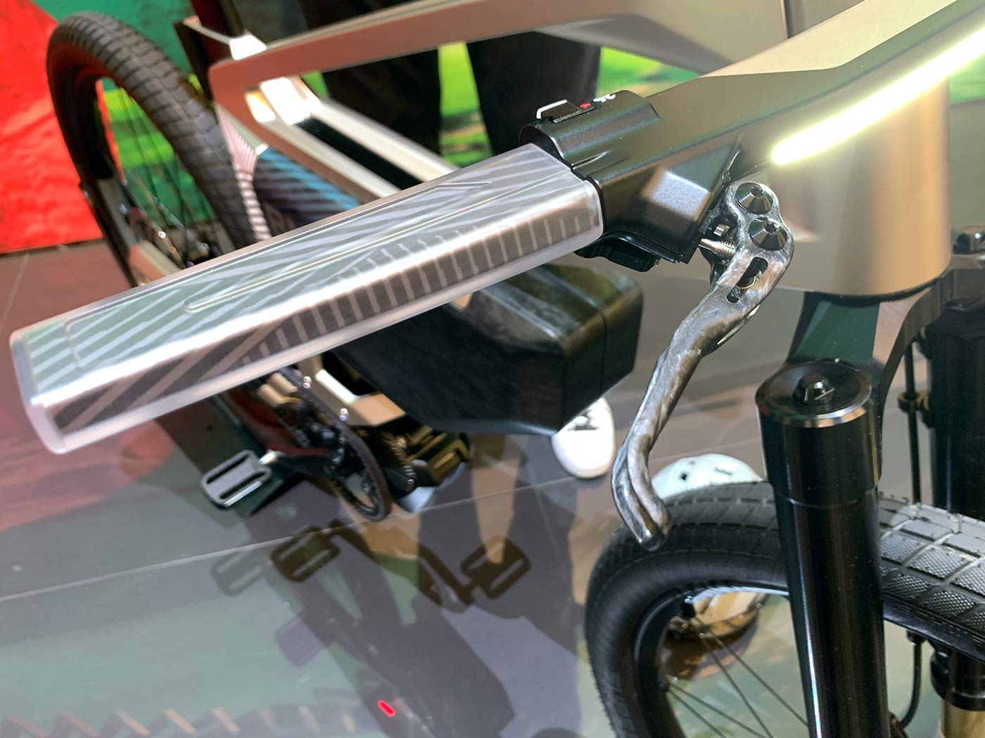 clear grips with turn signals for BMW concept e-bike