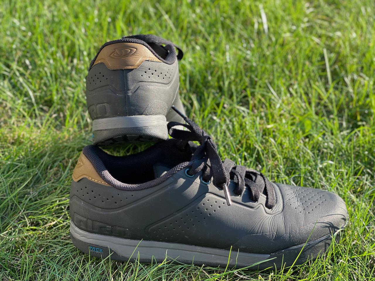 Giro Latch MTB shoes back