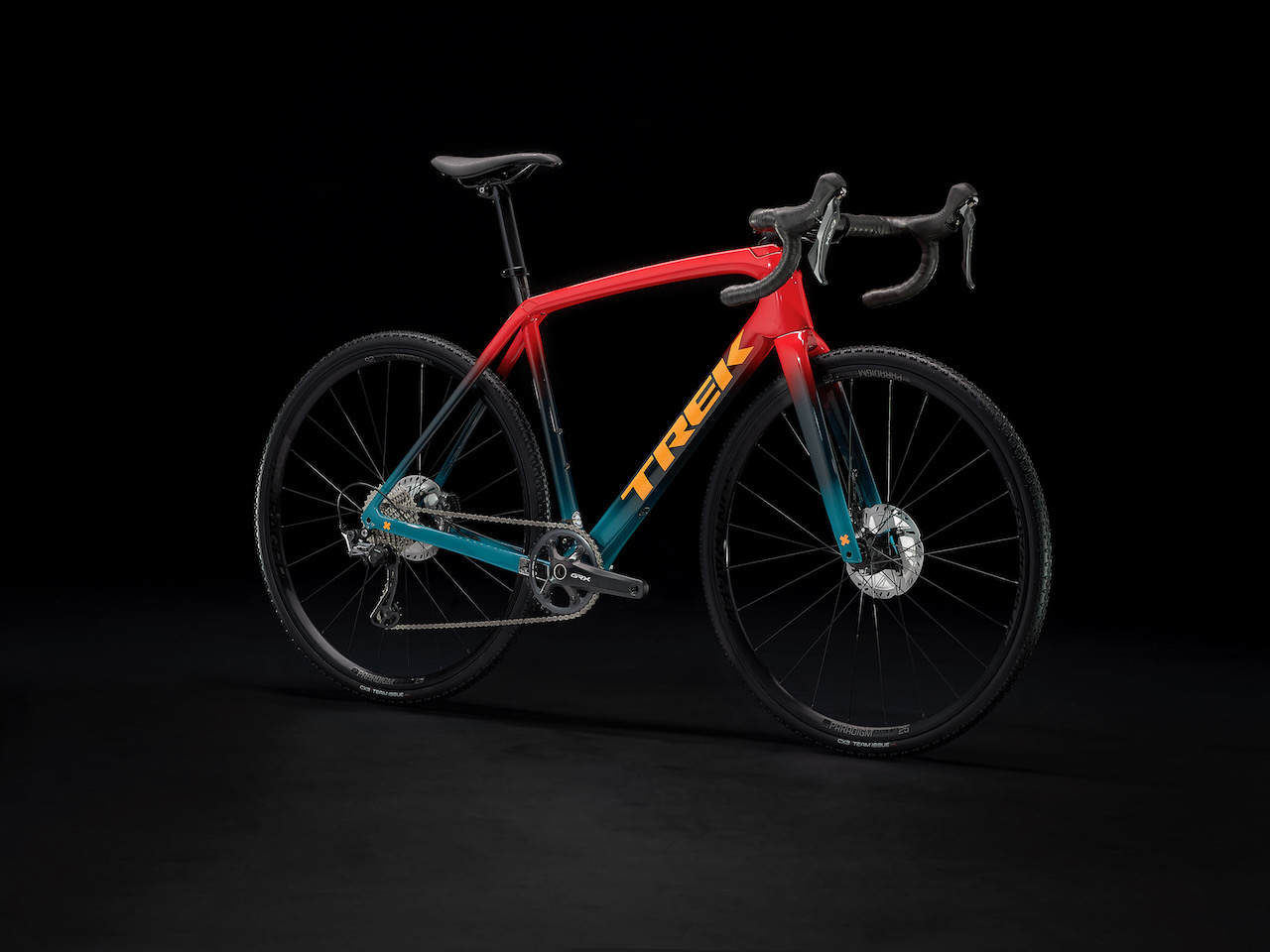 Trek Boone 2022 Red full bike