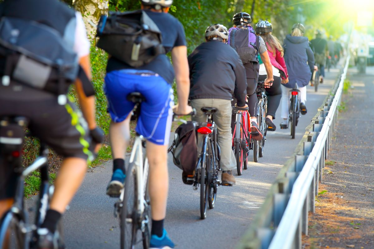 bipartisan infrastructure bill contains bicycle commuting aspects