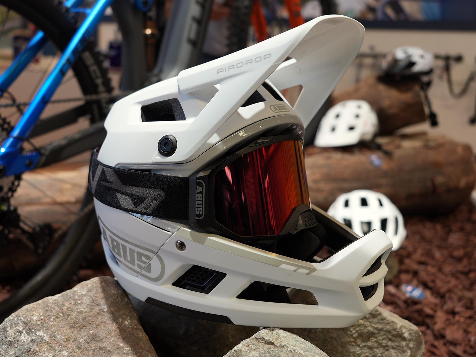 abus airdrop full face mountain bike helmet