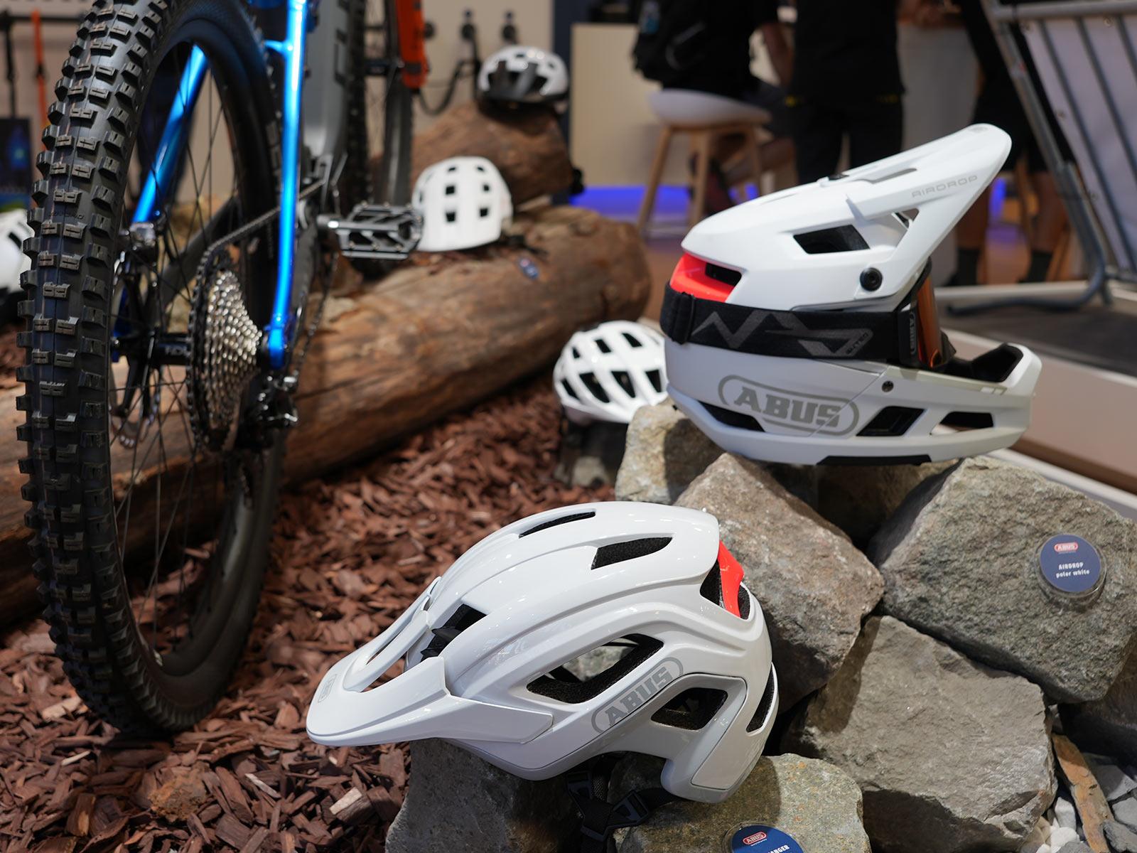abus 2022 mountain bike helmet collection