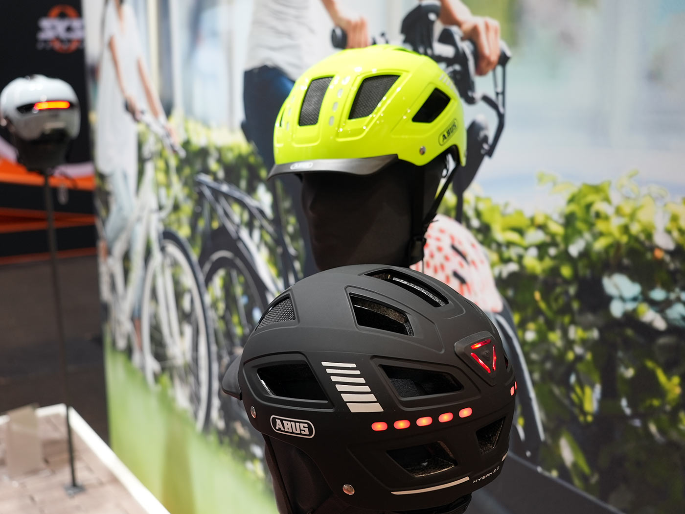 abus hyban 2 LED commuter bike helmet with integrated front and rear lights