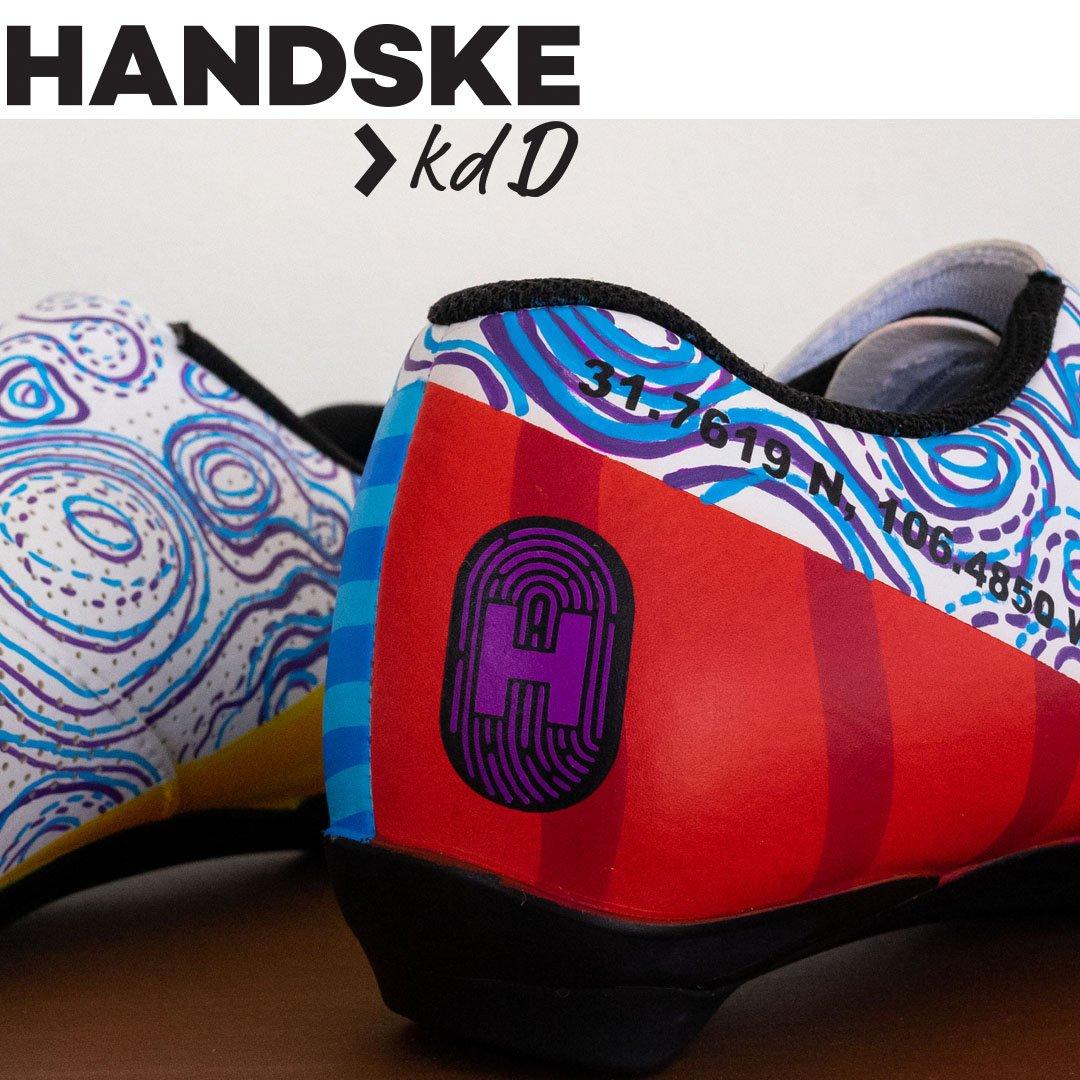 handske x kdd custom painted bike shoes