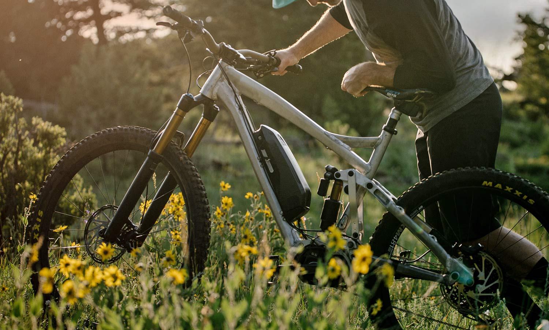 Yeti 160E EWS racing e-bike, all-new 6-bar suspension carbon 160mm eMTB,alloy test mule